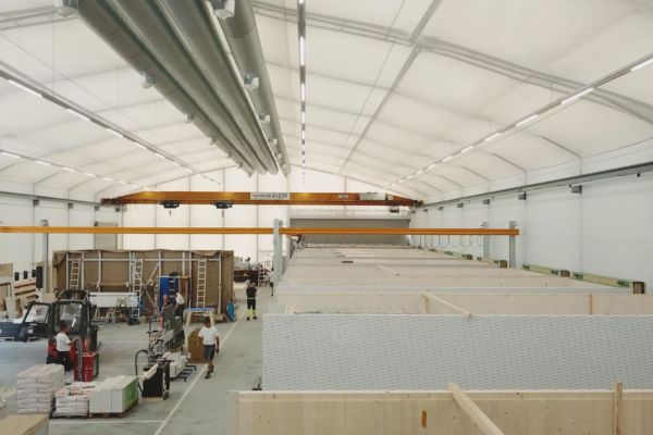 Produktion der Timber Homes Holzraummodule